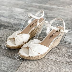 American Eagle White Espadrille Bow Wedge